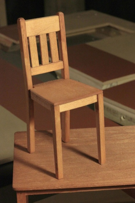 DISAPPEAR chair and table