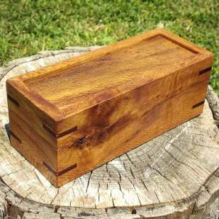 Rewarewa and Mahogany box